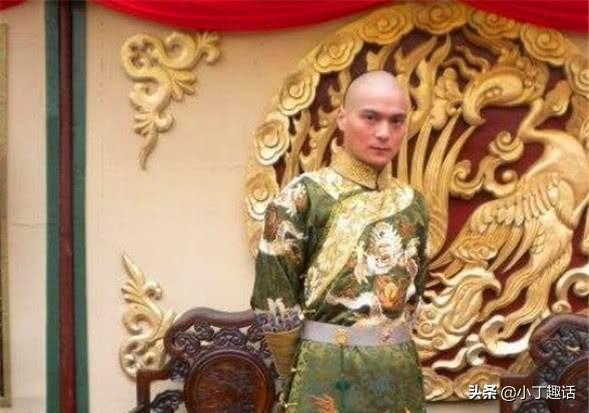 此人是康熙最长寿的儿子,手握重兵却不夺嫡,70多岁还被重用